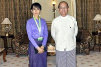 From 2011, Burmese President Thein Sein (r) pictured at a meeting with NLD leader Aung San Suu Kyi in Naypyidaw. (PHOTO: DVB)